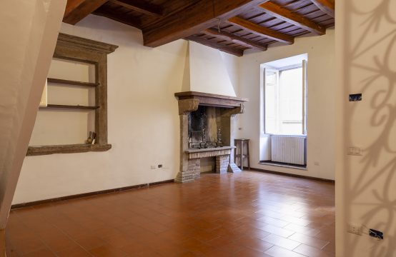 Rif. 2018 Beautiful 4 storeys townhouse for sale in Viterbo